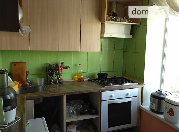 Продажа квартиры, 1 ком., Днепропетровск, р‑н.12 квартал, Гладкова улица, дом 37