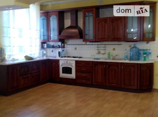 Продажа четырехкомнатной квартиры в Донецке, район Калининский фото 1
