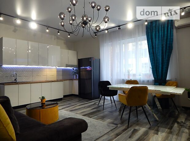 Продажа четырехкомнатной квартиры в Харькове, на Науки проспект район Павлово Поле фото 1