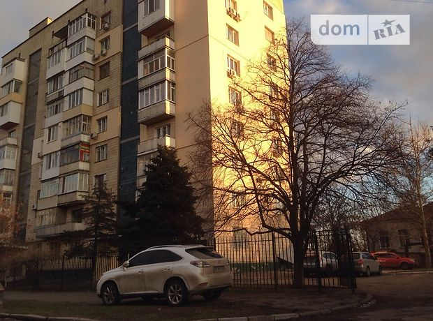 Продажа квартиры, 4 ком., Херсон, р‑н.Центр