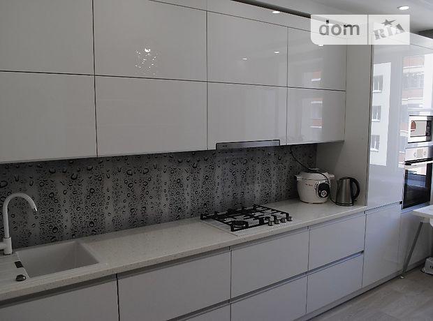 Продажа трехкомнатной квартиры в Хмельницком, на Сечевых Стрельцов улица район Озерная фото 1