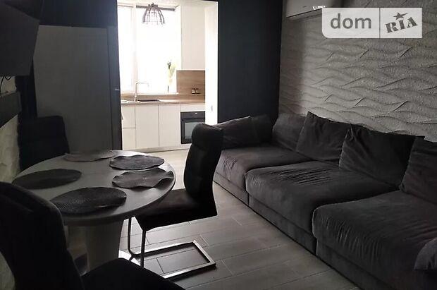 Продаж трикімнатної квартири в Хмельницькому на вул. Лісогринівецька 18 район Озерна фото 1