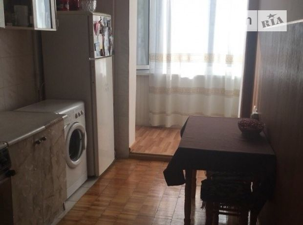 Продажа квартиры, 2 ком., Ивано-Франковск, р‑н.Бам, Довженка