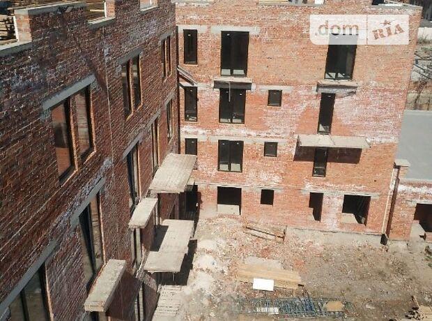 Продажа четырехкомнатной квартиры в Ивано-Франковске, на ул. Крайковского 4, кв. 1, район Набережная Княгинин фото 1