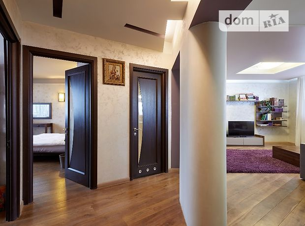 Продажа трехкомнатной квартиры в Ивано-Франковске, на Гарбарська район Центр фото 1