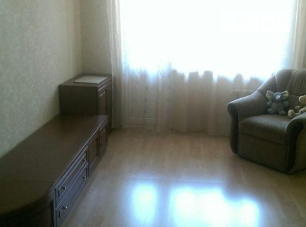 Продажа трехкомнатной квартиры в Киеве, на просп. Академика Королева 2, район Борщаговка фото 1