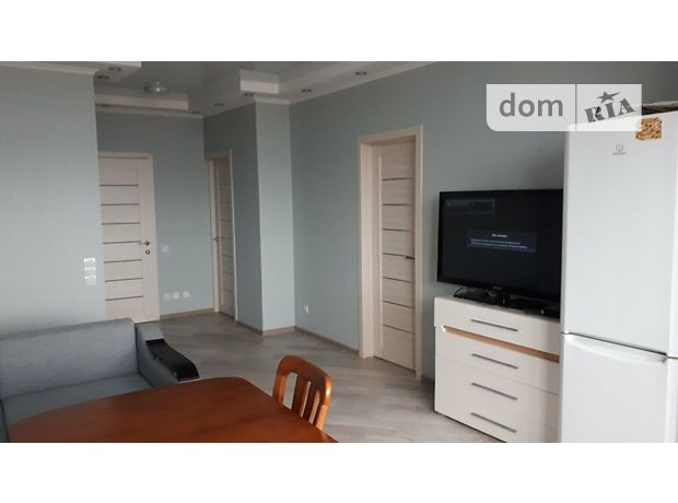 Продажа двухкомнатной квартиры в Киеве, на пл. Московская 39А, район Голосеевский фото 1