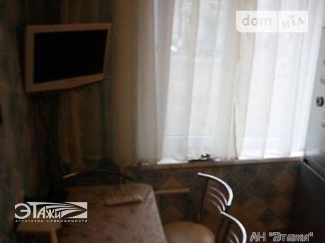 Продажа квартиры, 2 ком., Киев, р‑н.Подольский, Свободы пр-т, 28
