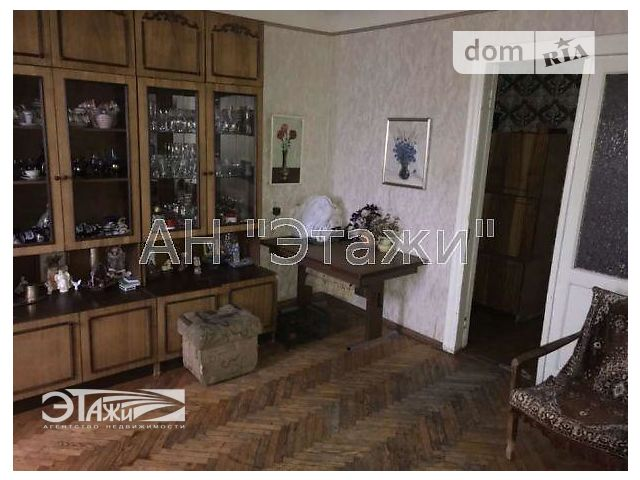 Продажа квартиры, 3 ком., Киев, р‑н.Подольский, Введенская ул., 26