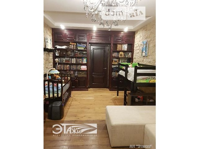 Продаж квартири, 1 кім., Киев, р‑н.Подільський, Вышгородская ул., 45