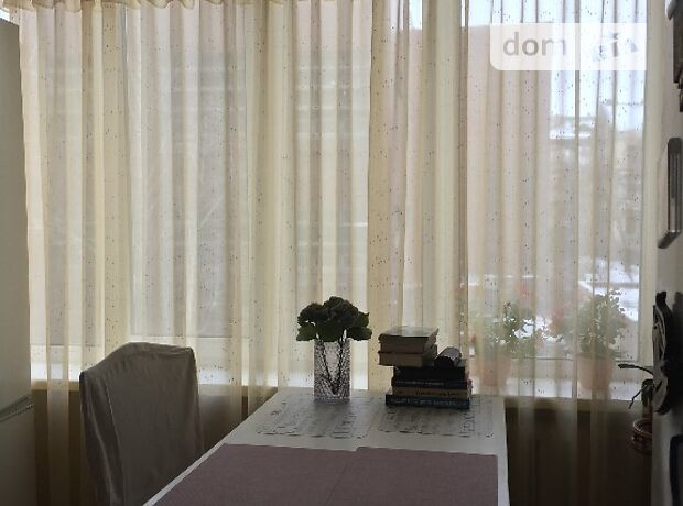 Продажа трехкомнатной квартиры в Киеве, на ул. Дмитриевская 2 район Шевченковский фото 1