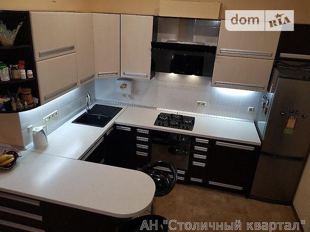 Продаж квартири, 4 кім., Киев, р‑н.Шевченківський, Сечевых Стрельцов ул., 55
