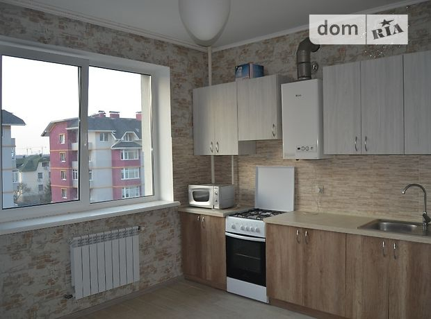 Продаж трикімнатної квартири в Києво-Святошинську на Валовня улица район Гатне фото 1