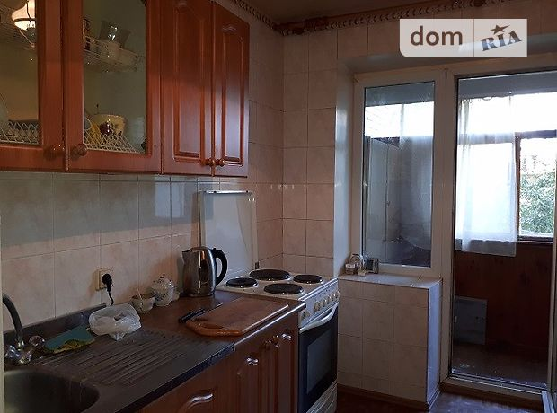 Продажа двухкомнатной квартиры в Луганске, на ул. Коцюбинского 27, район Ленинский фото 1
