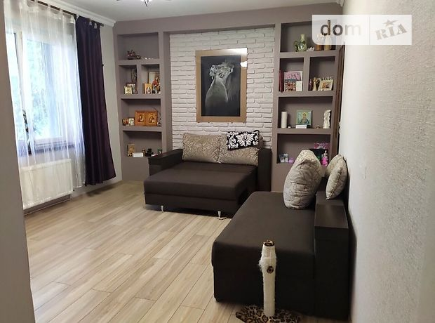 Продажа трехкомнатной квартиры в Луцке, на ул. Дубенская район Дубенская фото 1