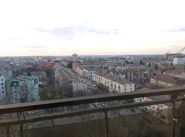 Продажа трехкомнатной квартиры в Луцке, на просп. Свободы район Центр фото 1