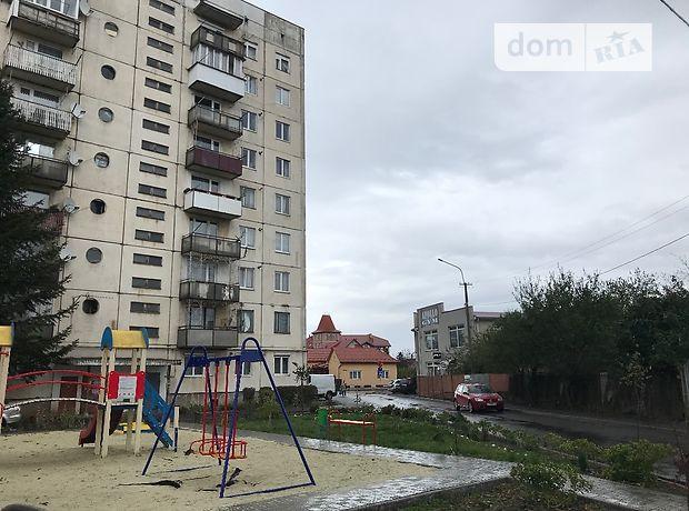 Продажа трехкомнатной квартиры в Мукачеве, на Университетская 7, район Росвигово фото 1