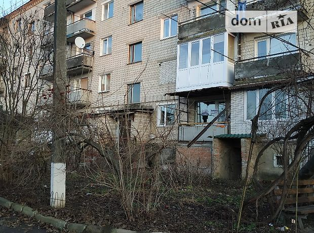 Продаж чотирикімнатної квартири в Немирові фото 1