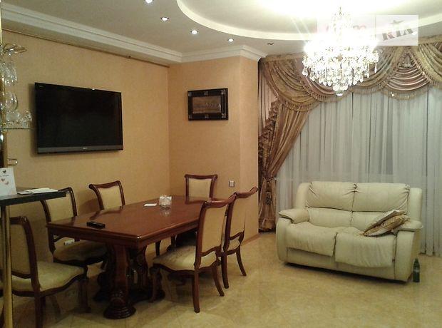 Продажа трехкомнатной квартиры в Одессе, на ул. Ивана Франко 55, район Большой Фонтан фото 1