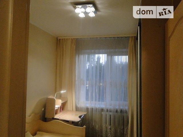 e87f0ae7cbfaa Продажа четырехкомнатной квартиры в Одессе на Маршала Малиновского район  Черемушки, фото 1. 1 из 4