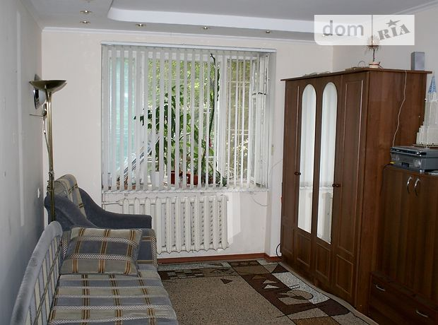 Продажа квартиры, 3 ком., Одесса, р‑н.Поселок Котовского, Затонского улица, дом 19