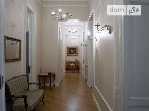 Продажа пятикомнатной квартиры в Одессе, на пл. Екатерининская район Приморский фото 1