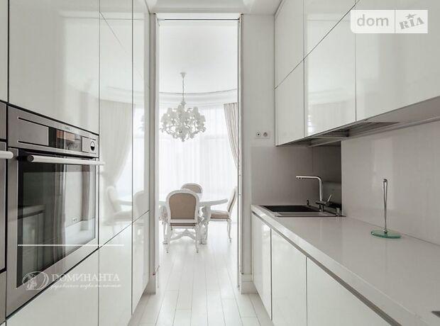Продажа четырехкомнатной квартиры в Одессе, на ул. Генуэзская 1а район Приморский фото 1