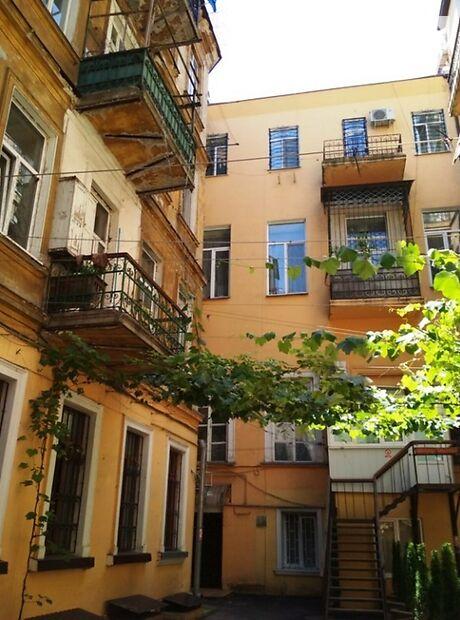 Продажа четырехкомнатной квартиры в Одессе, на ул. Греческая 11, район Центр фото 1