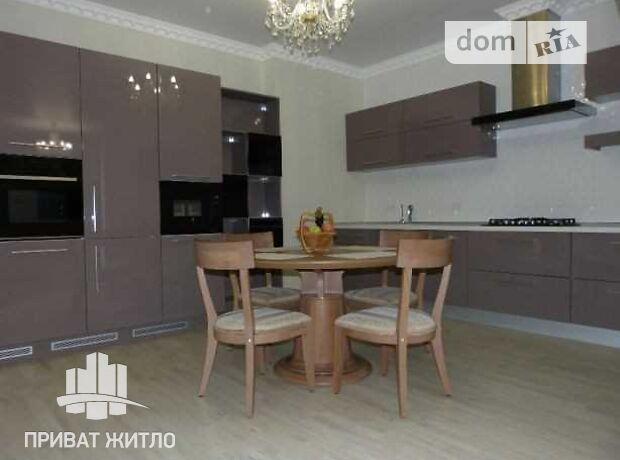 Продаж чотирикімнатної квартири в Полтаві на просп. Першотравневий район Центр фото 1