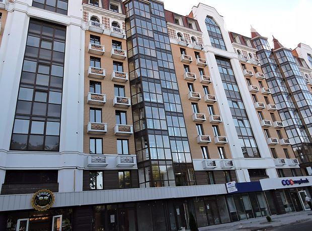 Продажа пятикомнатной квартиры в Полтаве, на ул. Октябрьская район Центр фото 1