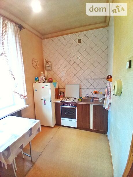 Продажа двухкомнатной квартиры в Полтаве, на ул. Октябрьская район Центр фото 1
