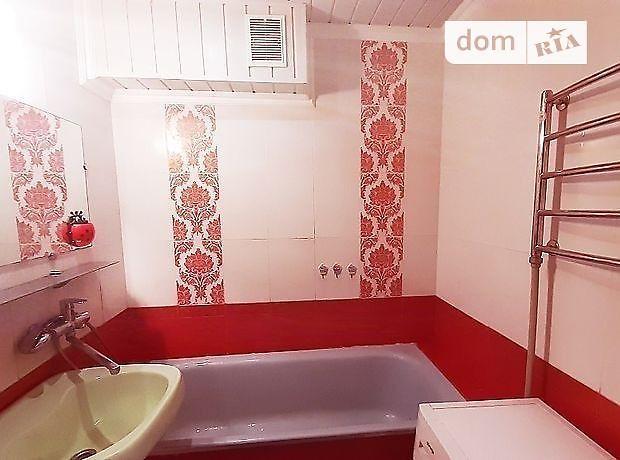 Продажа четырехкомнатной квартиры в Ровно, на ул. Крушельницкой Соломии район 12-школа фото 1