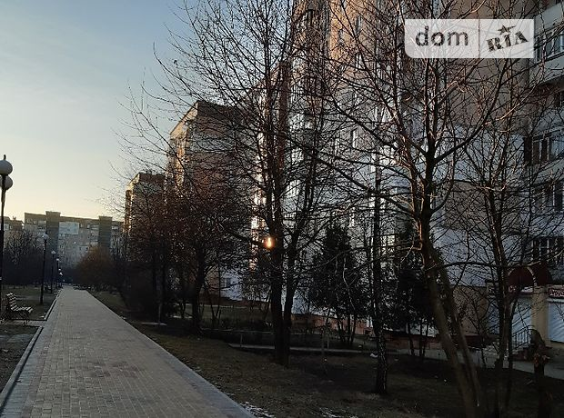 Продажа двухкомнатной квартиры в Тернополе, на бул. Вишневецкого Дмитрия район Аляска фото 2