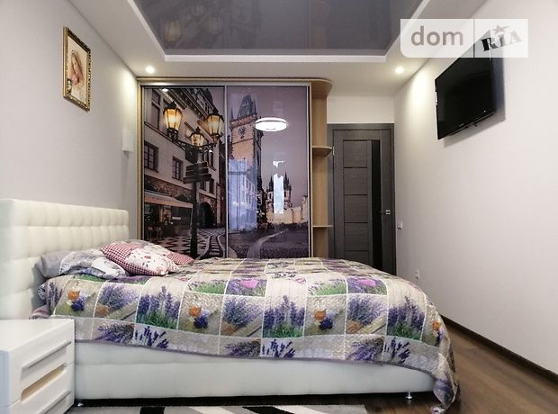 Продажа двухкомнатной квартиры в Тернополе, на просп. Злуки район Бам фото 1