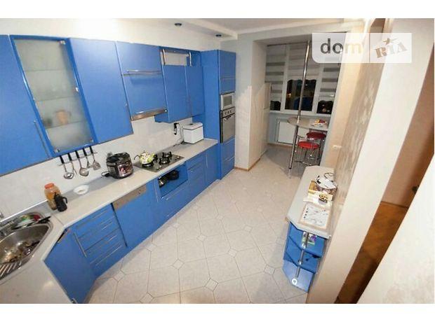 Продажа трехкомнатной квартиры в Тернополе, на Ближня Дружба район Дружба фото 1