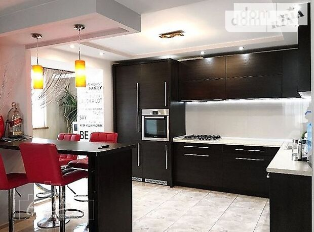 Продажа трехкомнатной квартиры в Тернополе, на ул. Львовская район Дружба фото 1