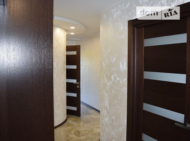 Продажа трехкомнатной квартиры в Тернополе, на ул. Тернопольская 8Б, район Дружба фото 1