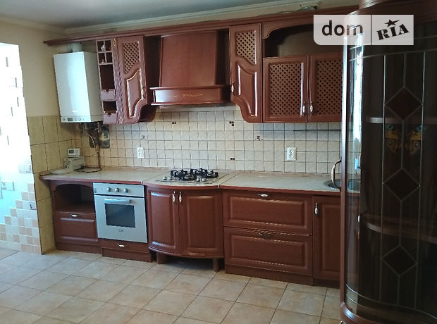 Продажа четырехкомнатной квартиры в Тернополе, на ул. Над Яром район Канада фото 1