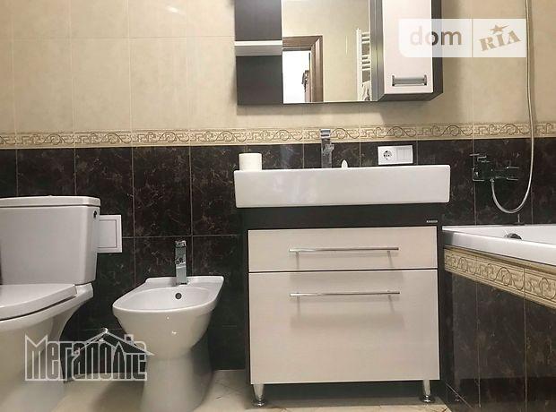Продажа трехкомнатной квартиры в Тернополе, на Коновальця район Канада фото 1