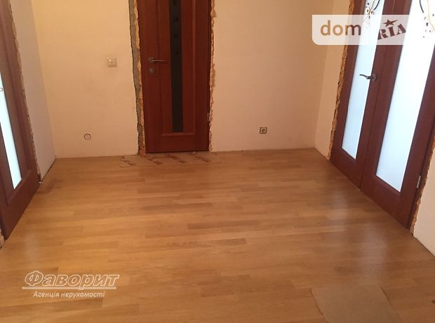 Продажа трехкомнатной квартиры в Тернополе, район Новый свет фото 1