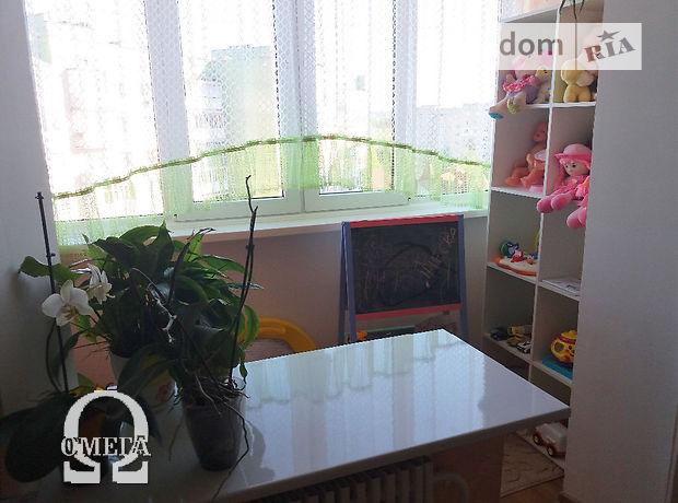 Продажа трехкомнатной квартиры в Тернополе, на Петлюри район Солнечный фото 1