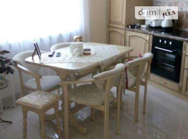 Продажа трехкомнатной квартиры в Тернополе, на Білогірська район Центр фото 1