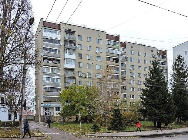 Продажа трехкомнатной квартиры в Тернополе, на ул. Живова Анатолия район Центр фото 1