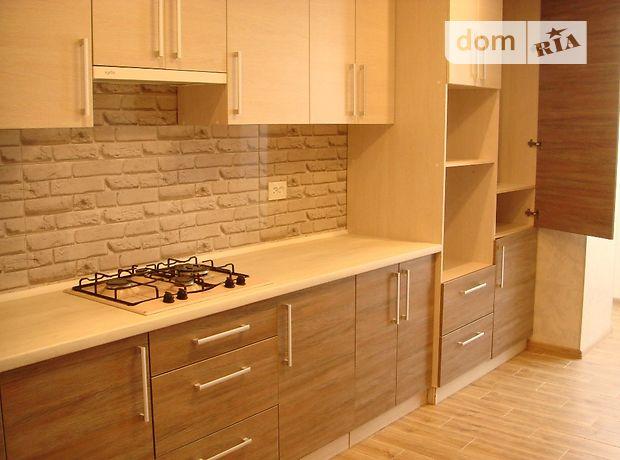 Продажа трехкомнатной квартиры в Тернополе, на ул. Крушельницкой Соломии район Центр фото 1
