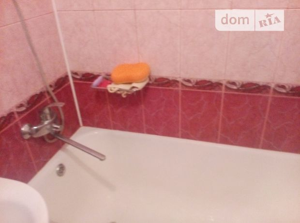 Продажа трехкомнатной квартиры в Тростянце, на крупской 10 район Тростянец фото 1
