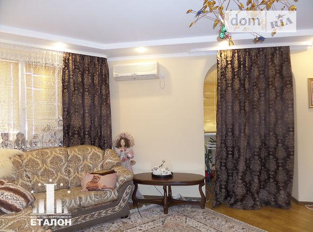 Продажа квартиры, 3 ком., Винница, р‑н.Подолье, Зодчих улица, дом 40