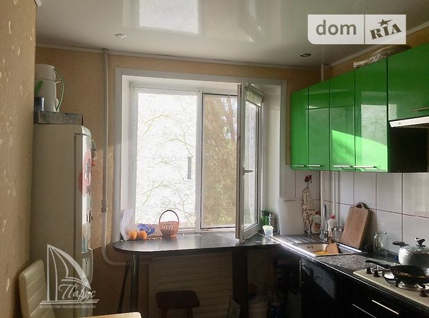 Продажа трехкомнатной квартиры в Запорожье, на ул. Чуйкова Маршала 111, район Бородинский фото 1