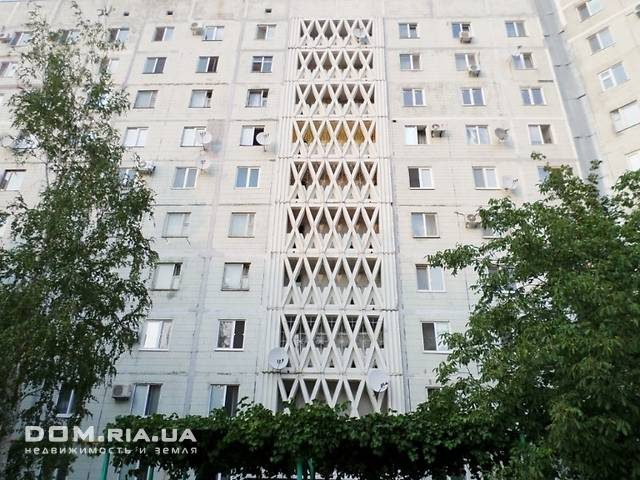 Продажа пятикомнатной квартиры в Запорожье, на ул. Дорошенко район Хортицкий фото 1