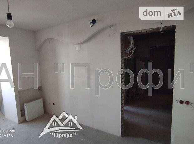 Продажа трехкомнатной квартиры в Золочеве, на Центральна район Фески фото 1