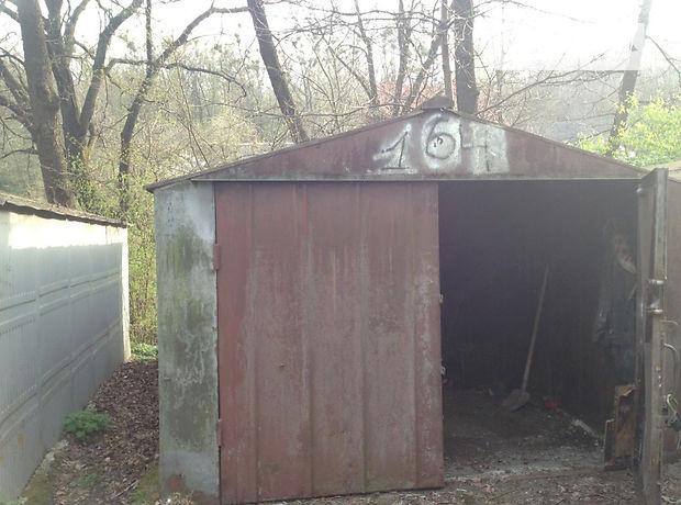Место в гаражном кооперативе под легковое авто в Черновцах, площадь 15 кв.м. фото 1